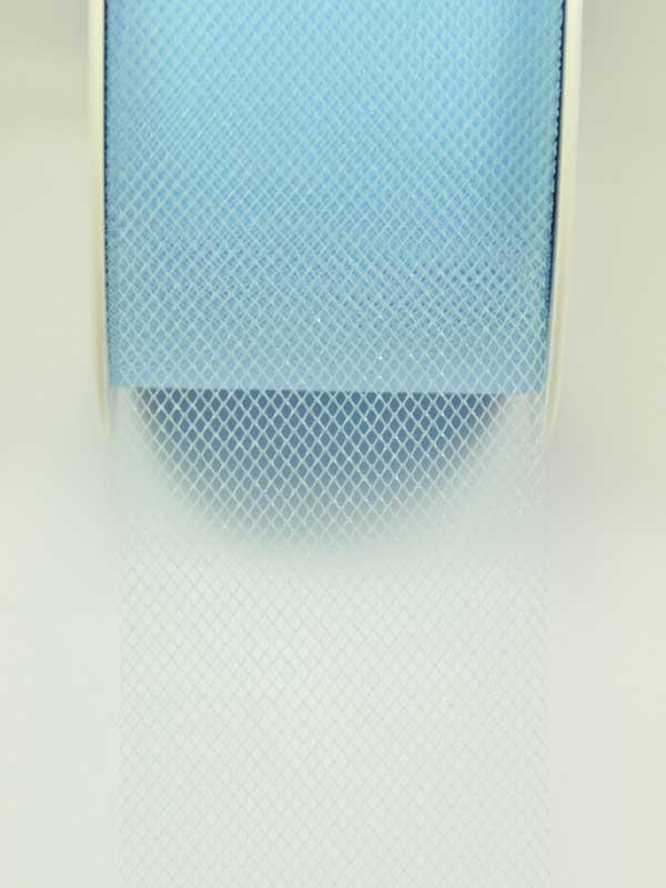 materiaal-voor-bloemschikken-tule licht blauw
