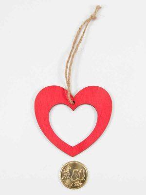 hoe groot is dit rode houten hartje?