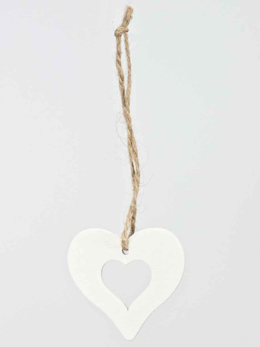 hartje van hout, wit geverfd, met touwtje