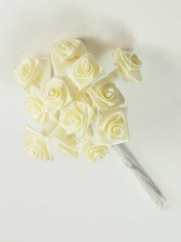 rozen boeketje op draad