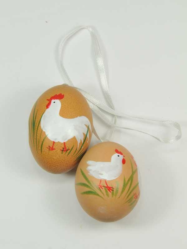 met de hand beschilderde kippeneieren