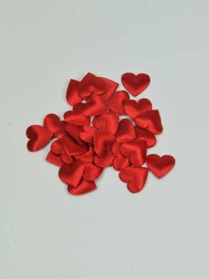 kleine rode hartjes van satijn