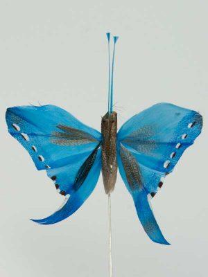 Vlinder op draad - 8 cm - blauw witte achtergrond