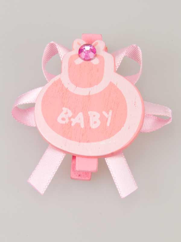Houten slabbetje met strik op een wasknijper, leuk te gebruiken als decoratie bij het zelf maken van een geboortecadeau of op een presentje bij een babyshower.