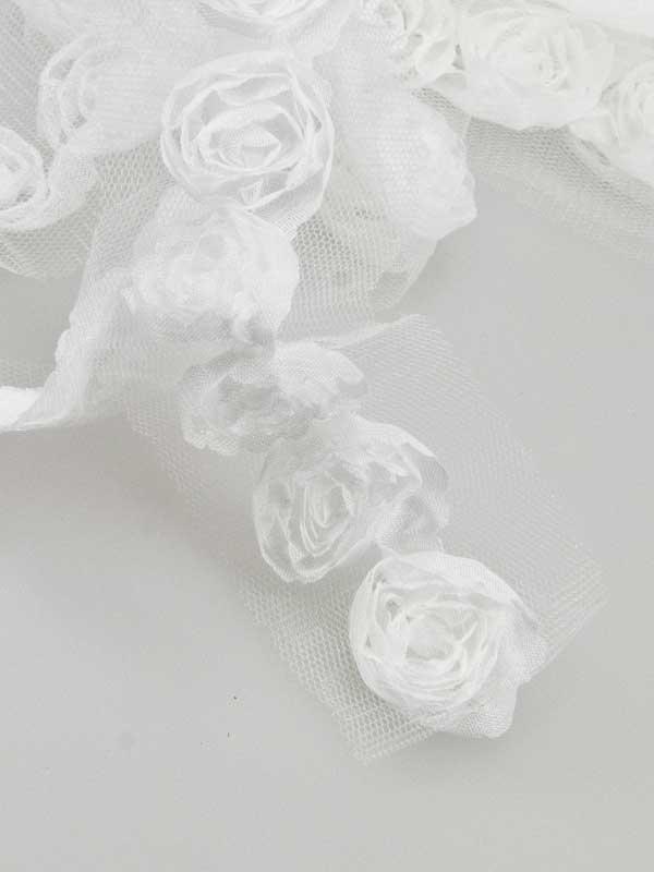 tule lint met rozen
