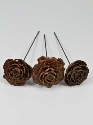 ceder roos op draad drie stuks