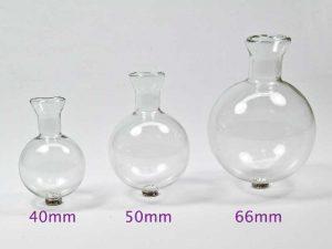 glazen bolvaasjes van 40, 50 en 66 mm