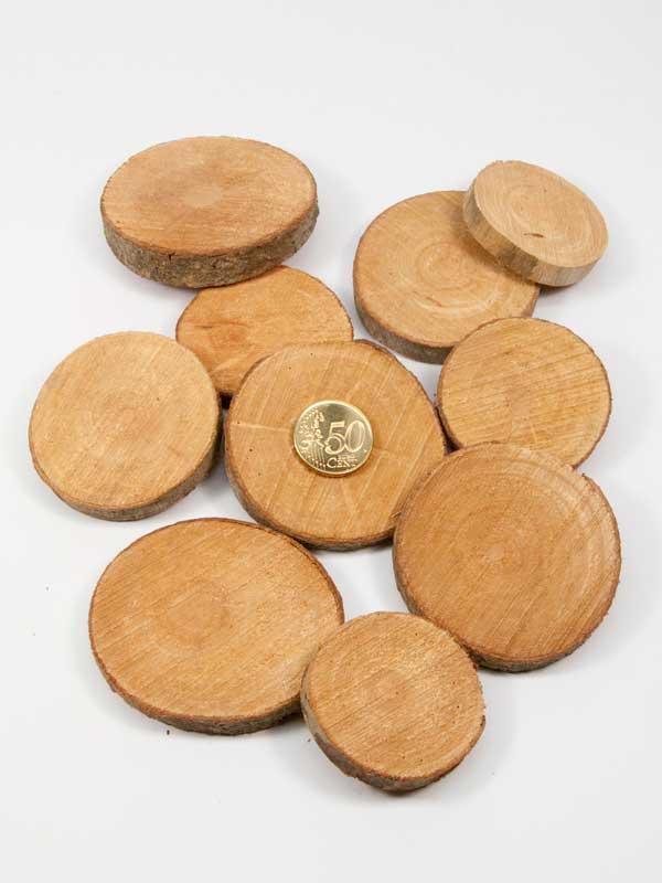 houten schijfjes naturel vergeleken met 50ct munt