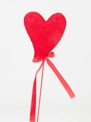 hart op pin rood, met strik