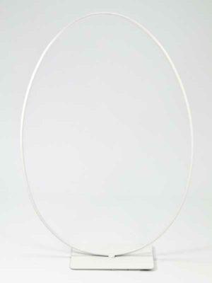 eivormige ring op standaard