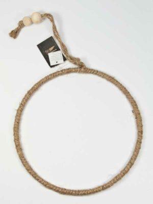 ring met touw omwikkeld