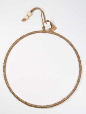 ijzeren ring met touw omwikkeld